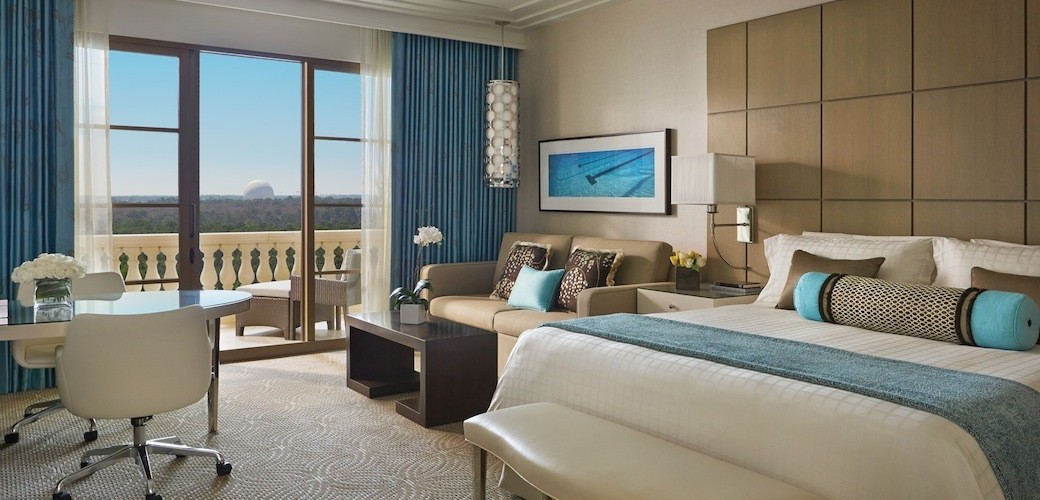 Four Seasons Orlando at Walt Disney World® Resort Park View Guest Room