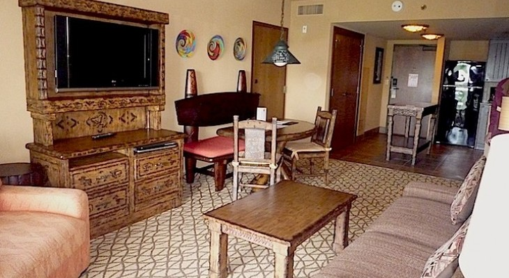AK_Jambo_One_bedroom_living