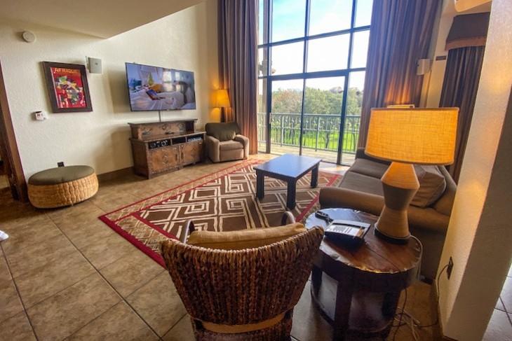 3-bedroom Grand Villa living room