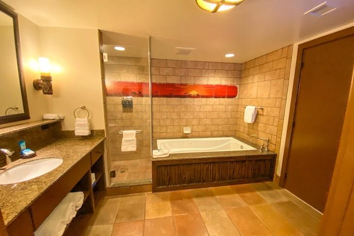 3-bedroom Grand Villa master bath