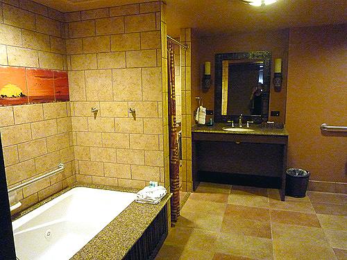 Grand Villa Master Bath