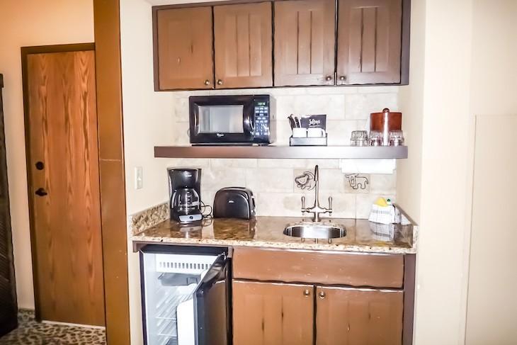 Jambo House Studio kitchenette
