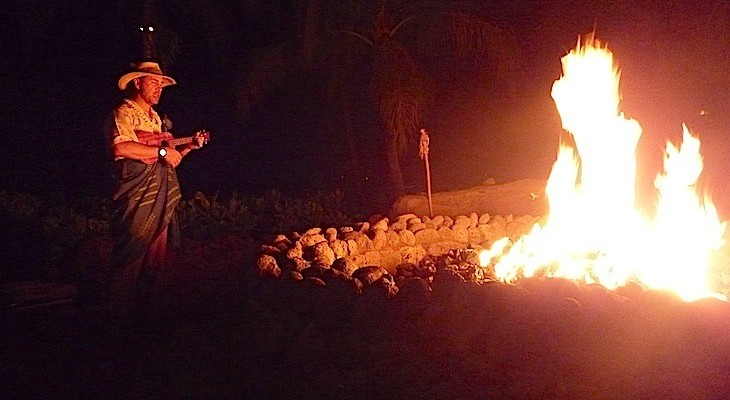 Gather 'round a traditional Hawaiian fire pit for a night of enchanting tales told by a master storyteller.