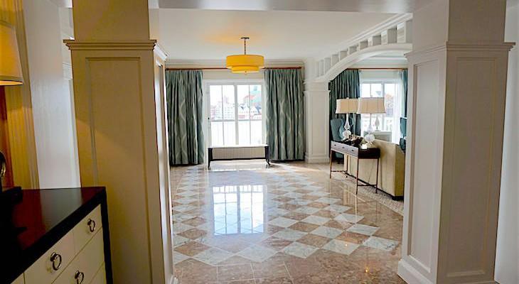 Presidential Newport Suite