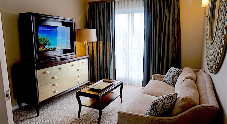 Presidential Newport Suite Guestroom
