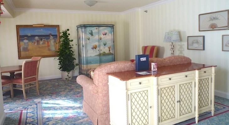Disney S Beach Club Resort Disney Suites Cara
