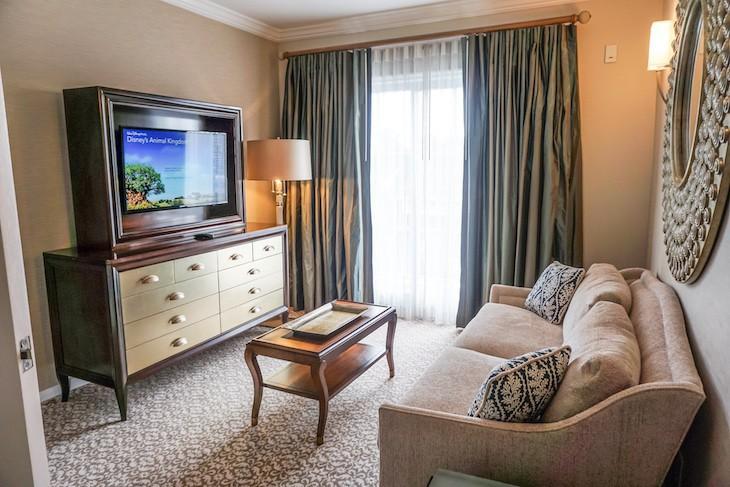 Presidential Newport Suite Guest room