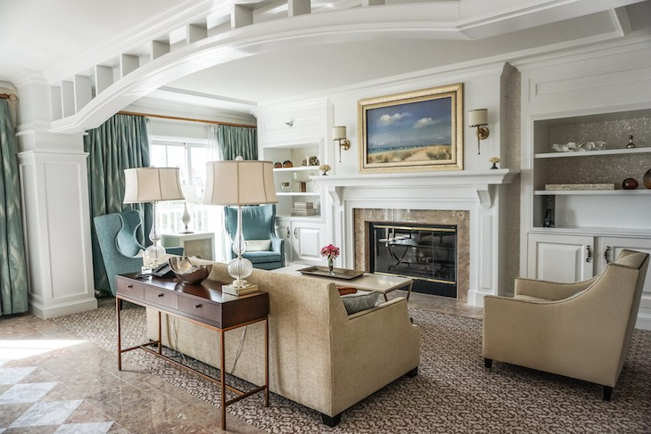 Presidential Newport Suite Living Room