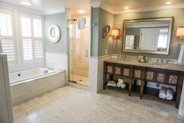 Presidential Newport Suite Master Bath