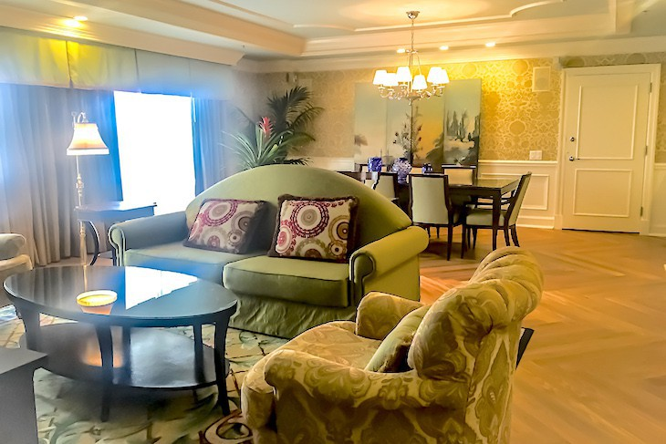 Sonora Suite living area