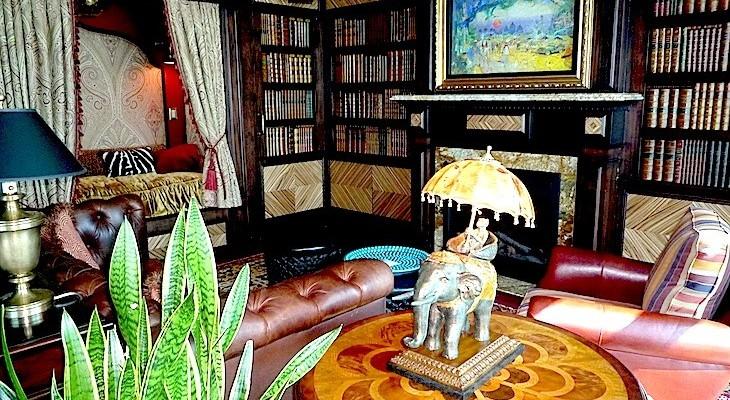 Adventureland Suite Living Area