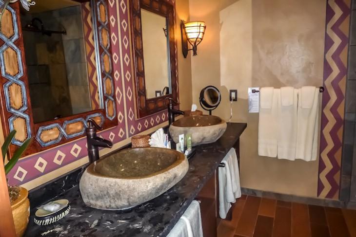 Adventureland Suite Guest Room Bath