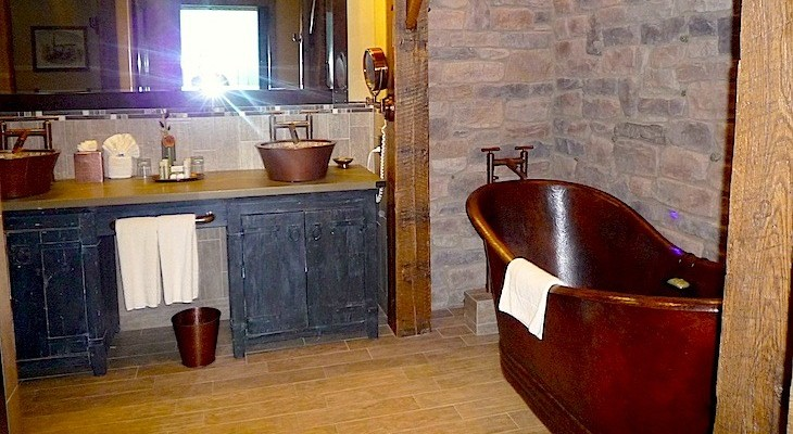 Big Thunder Suite Master Bath