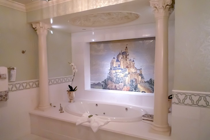 Fairy Tale Suite's Bath