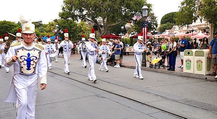 Spontaneous marching band on Main Street