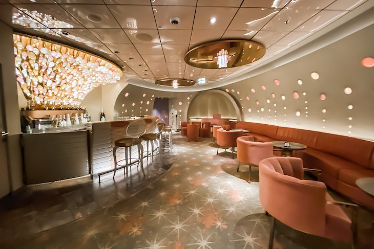 Disney Dream Pink: Wine and Champagne Bar - my favorite!