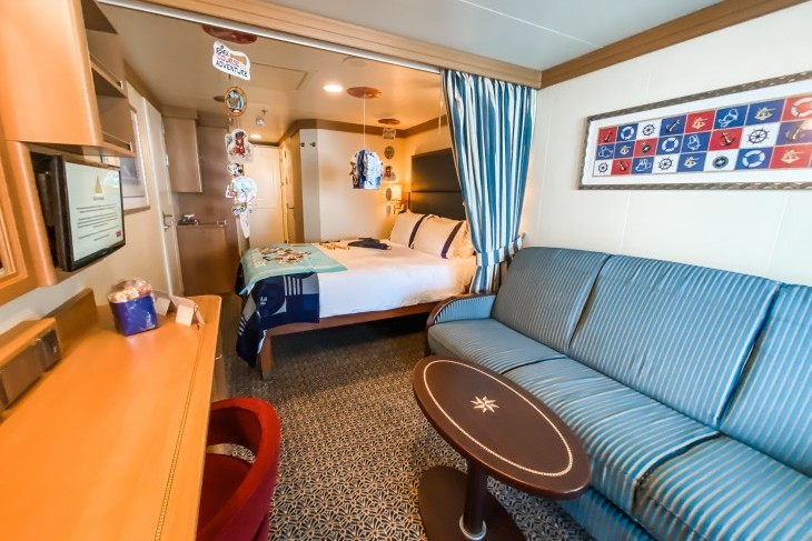 Disney Dream and Fantasy's Deluxe Family Oceanview Staterooms with Verandah sail away decorated