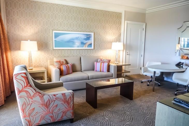 Golden Oak View Suite Living Area