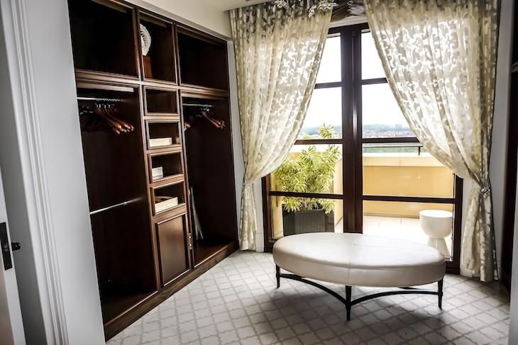 Presidential Suite Master closet