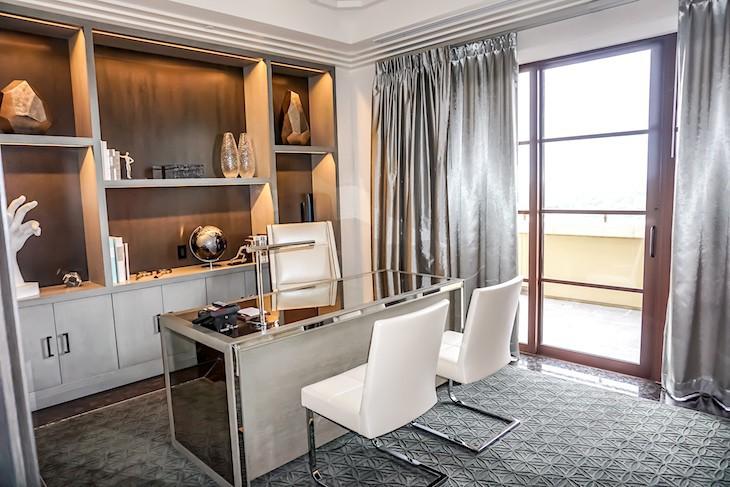 Royal Suite office