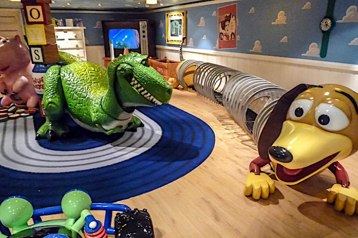 Oceaneer Club's Andy's Room