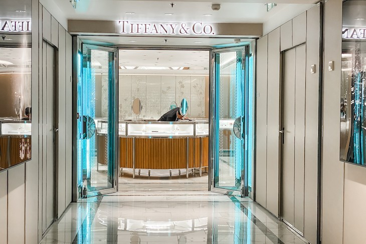 Don't miss shopping at Tiffany & Co.