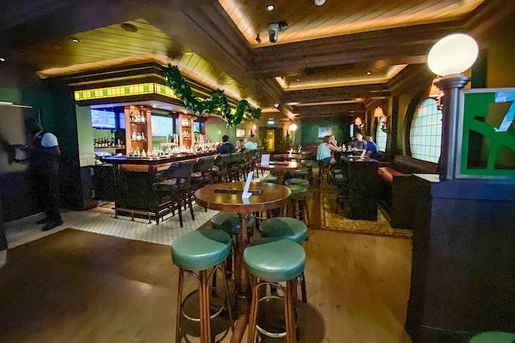 Disney Fantasy O'Gills Pub