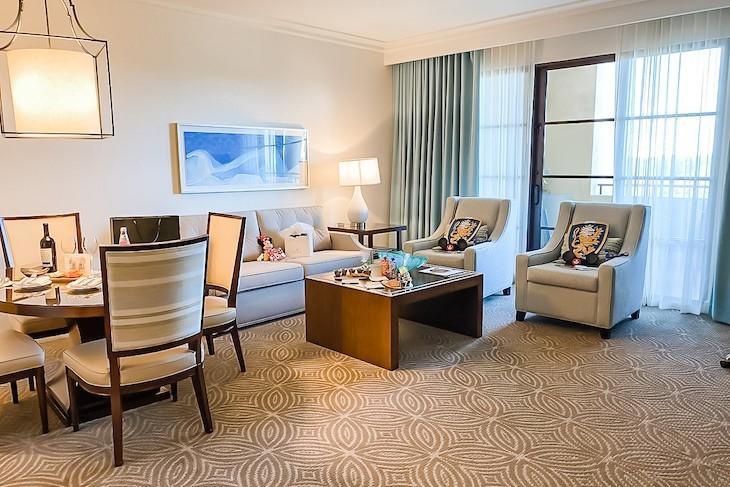 Park View Deluxe Suite