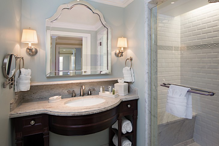 One- and Two-Bedroom Villa Master Bath
