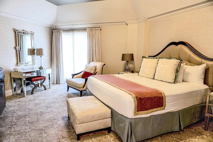 Grand Suite master bedroom