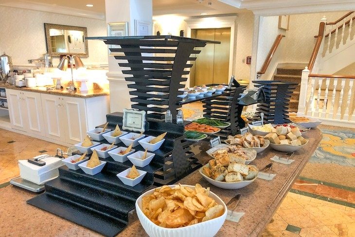 Afternoon snack at Royal Palm Club lounge