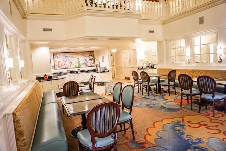 Sugar Loaf concierge lounge