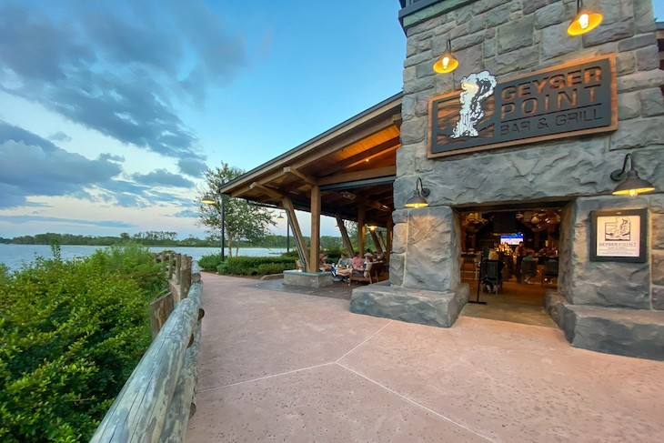 Geyser Point Bar & Gril