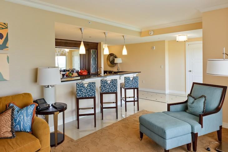 Waldorf Suite living room