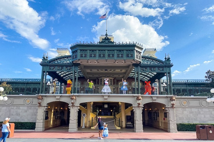What's more fun than a bevy of Characters to greet you on Main Street U.S.A.