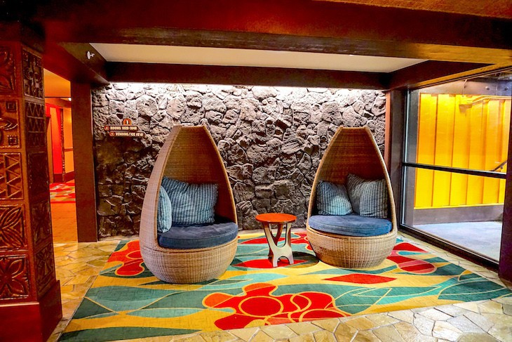 Polynesian Villas Studios lobby seating area