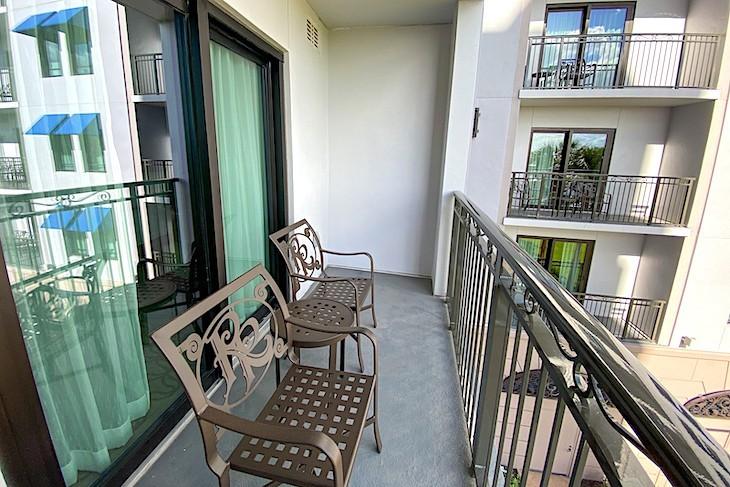 One-bedroom villa balcony