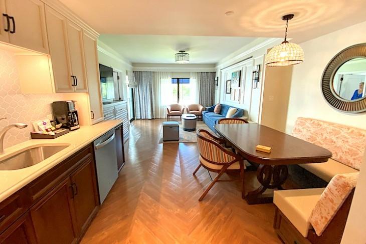 One-bedroom villa kitchen/living area