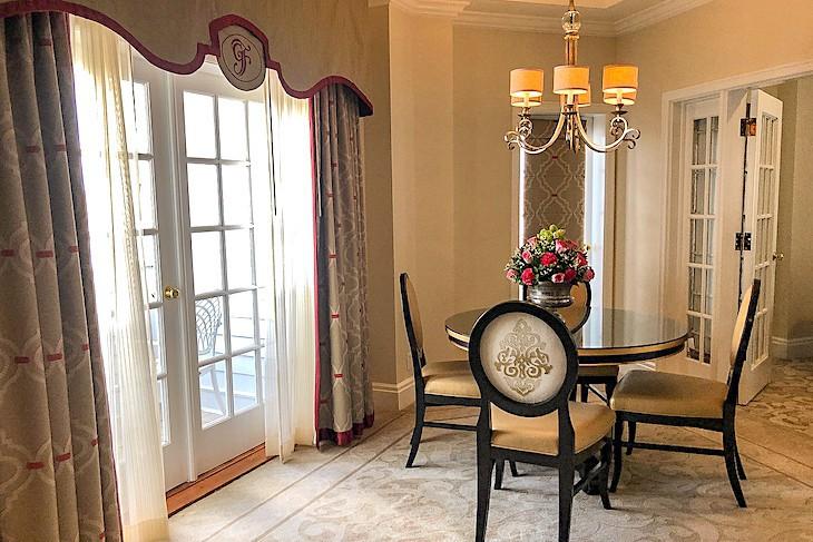Victorian Suite living area