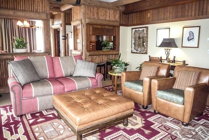 Yosemite Suite living area