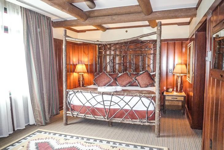 Wilderness Lodge Yosemite Suite master bedroom