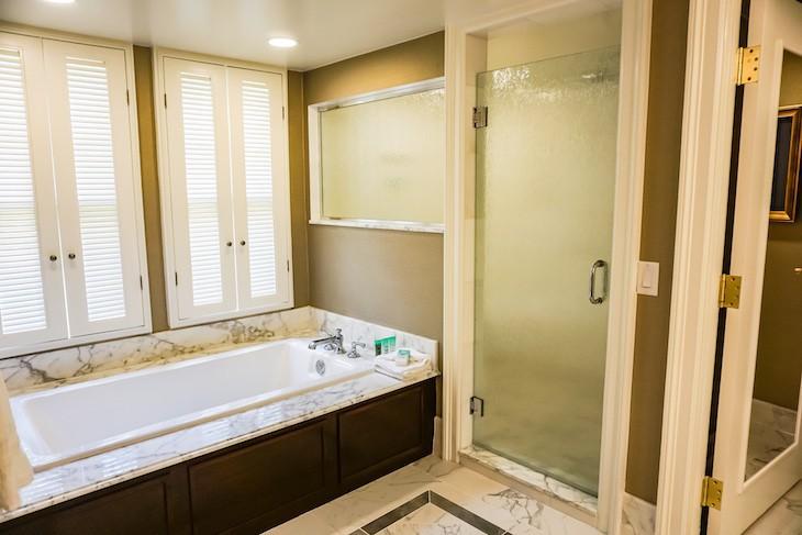 Captain Deck Suite's master bath