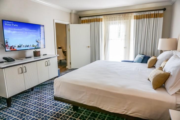 Turret Two-Bedroom Suite Master Bedroom