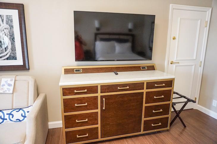 Standard Guest Room bureau