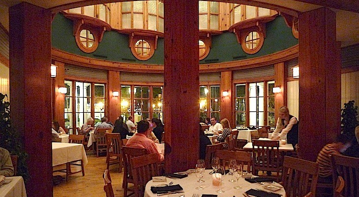Yachstman Steakhouse at Disey's Yacht Club Resort