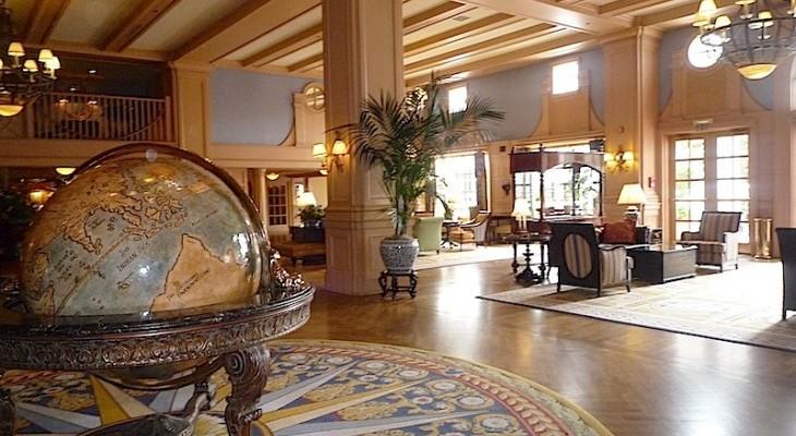 Yacht Club's lobby