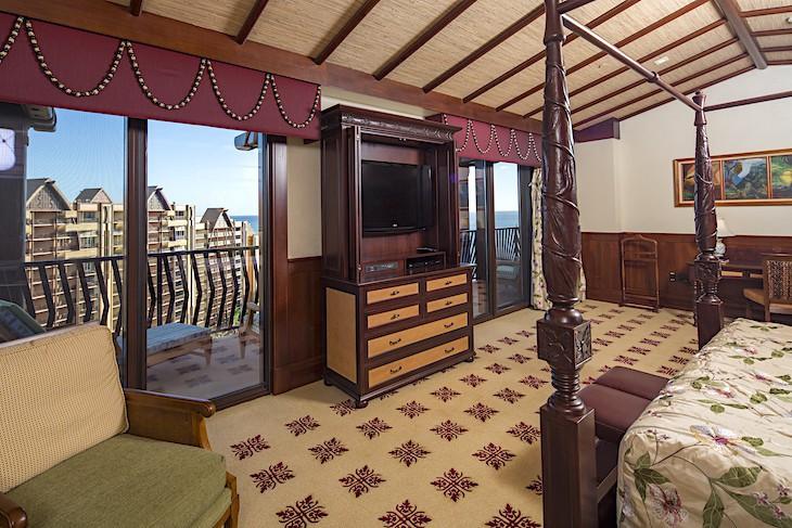 Ahu 'Ula Presidential Suite Master Bedroom